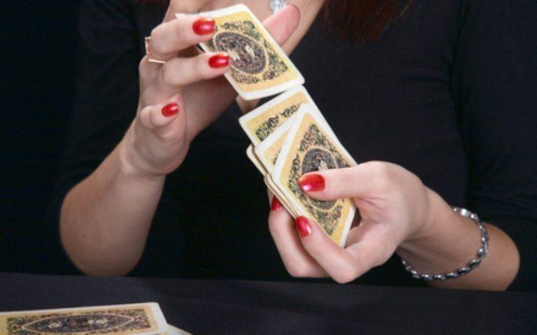 Corso di cartomanzia di Althea: le carte napoletane o piacentine corso base per diventare cartomante