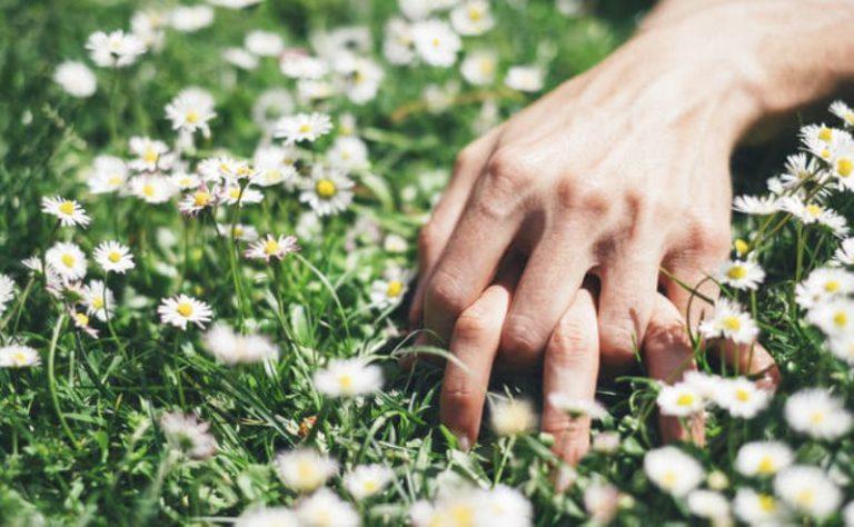 Nelle donne, in primavera aumenta il desiderio sessuale